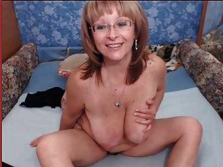 Granny Titis 50