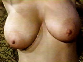 Vintage Boobs - Roberta Pedon Undresses