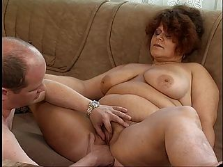 A frisky amateur couple enjoy a nice fuck 6
