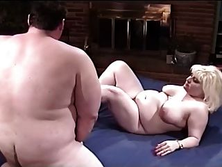 Fat Couple Take Pleasure On Bed