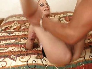 Blonde With Hairy Pussy Loves To Be Licked