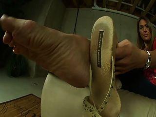 Sexy Thick Mature Feet
