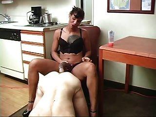 Brutal Smoking Mistress