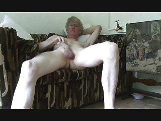 Close Up Wanking At Home