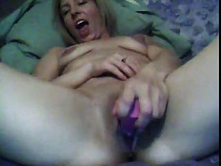 Sexy Chick Creamy Cum
