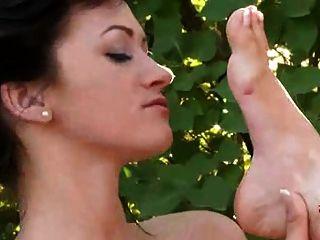 Hot Lesbian Kissing Feet