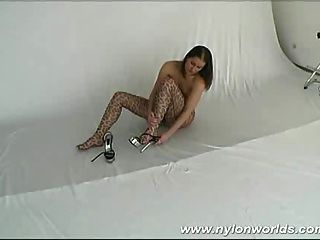 Nylon Flexible Babe Spreading Her Pussy And Legs Wide