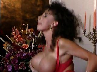 Sarah Young The Goddess Of Love 12 M22