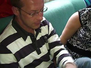 2 lesbiennes buveuse de sperme cumsluts from ggg gangbang 3