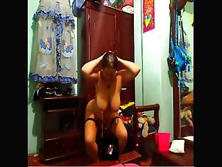Cam Slave Weight On Nipples 2 Peso En Los Pezones 2