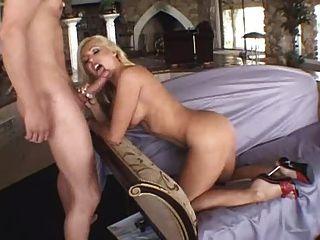 Hot & Slutty Big Butt Milf Lisa Lee Anal
