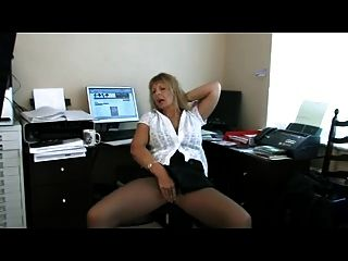 Old Secretary Poses In Pantyhose