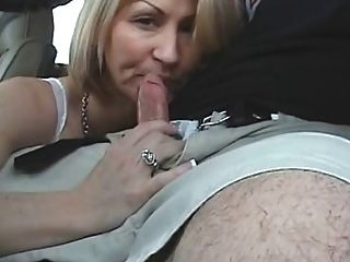 gloved handjob driving passenger - Blowjob While Driving