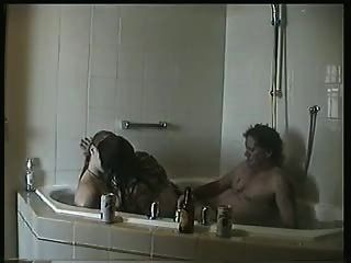 (kalkgitkumdaoyna)amateur 3 Some In Bathroom