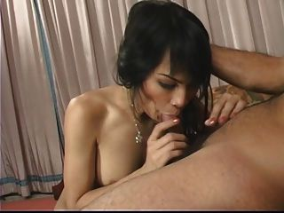 guy fucking girl and giving her oral