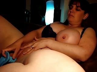 Plumper Using Blue Dildo