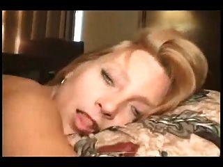Petit milf worshiping huge black cock