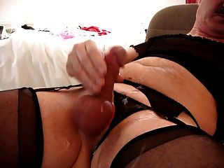 Just Me Cumming In Panties