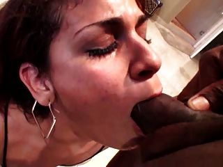 closeup amateur porn video with a tight pussy being rammed
