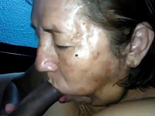 Thicke latina lesbian loves screaming during a delicious ass worship 6