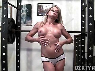 Horny latina with dildo