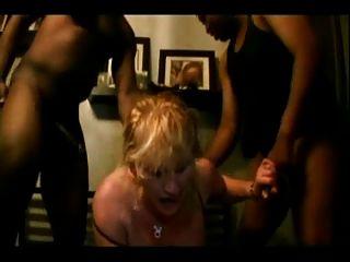 Loni punoni and kylie rey take turns sucking cock - 3 part 3