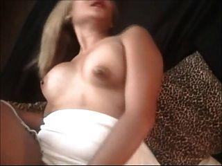 Kimmy Kahn-smoking Fetish 1