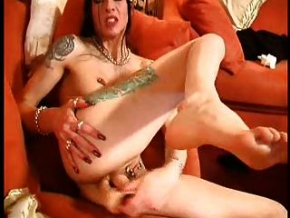 Women who can deepthroat huge cock