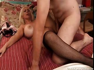 Beautiful Big Tits Mature Pornstar Kayla Kupcakes