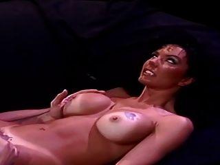 Amanda hunt naked