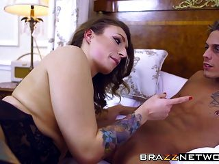Ava Austen And Babe Nekane Sharing Diamond Big Dick