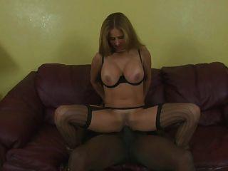 Sexy Hotwife Black Cock Creampie