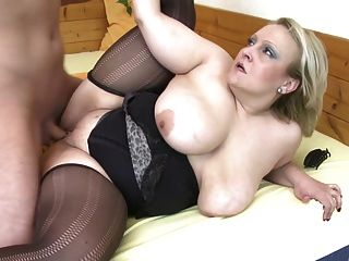 Mature Super Mother Fucks Lucky Boy