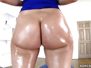 Big Ass Valentina Nappi Takes Bbc Anal - Pawg