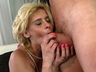 Old But Still Hot Mature Mom Fucks Her Young Boy