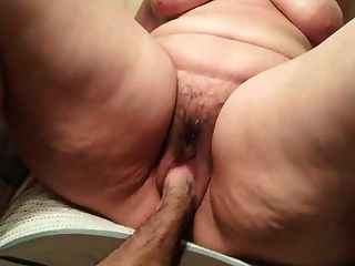 Hairy ssbbw cunt fisted