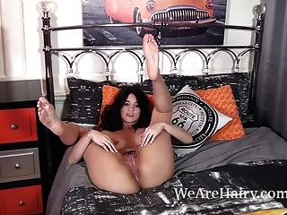 Tracy Rose Strips In Her Bed And Talks About Sex