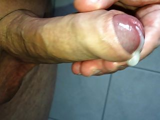 Uncircumsized cocks cumming