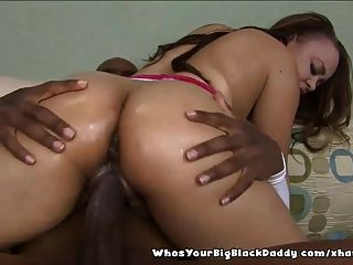 Ebony Fuck Machine Gets Vaginal Creampie After Analsex
