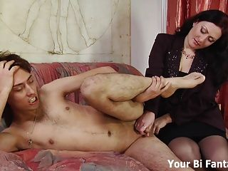 Nikkiee giving a prostate massage handjob using a butt plug
