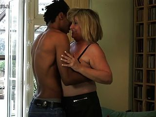 British Chubby Mature Lady Munching On A Black Cock