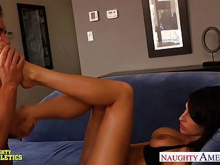 Chesty Athletic Kortney Kane Fucking