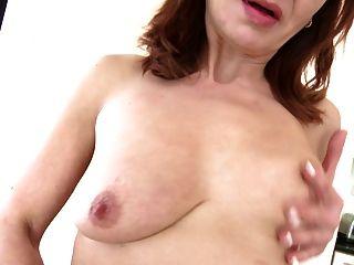 Mature Housekeeper Feeding Her Old Vagina