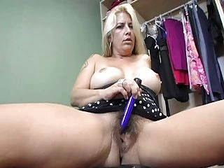Hairy Mature Does A Show