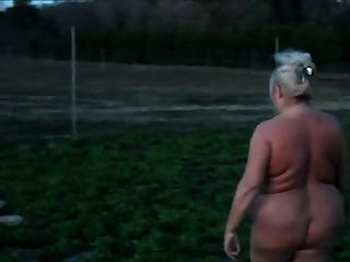 nude Bbw walking