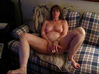 Mrs. Commish And Big Vibrator