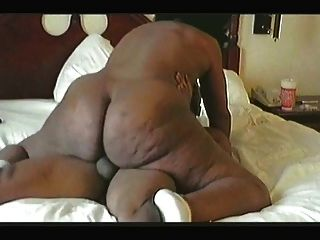 Milf Kendra Bounce His Juicy & Thick Booty