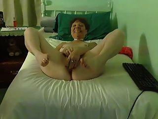 Granny Cums