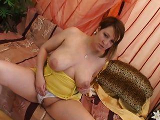 Titmania - Gigantic Tits 1