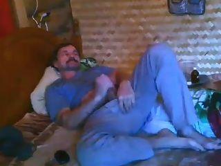 Str8 Daddy Bedroom Wank On Cam